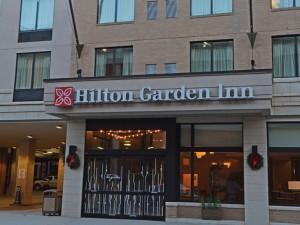 Hilton Garden Inn Clay Commons - Front door