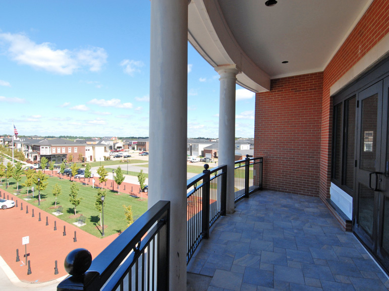 Norton Commons Office Building - Balcony